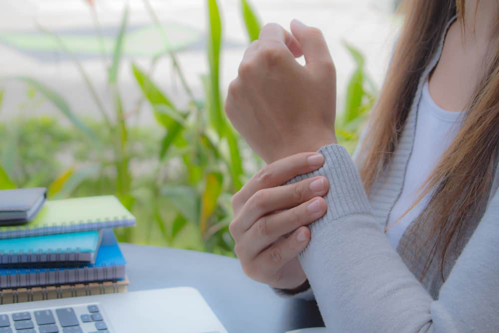Common Causes of Hand and Wrist Pain